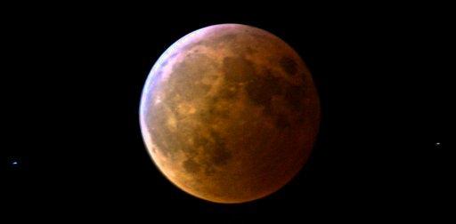 Total lunar eclipse 2007-03-03
